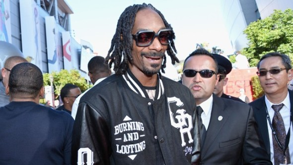 snoop dog looting